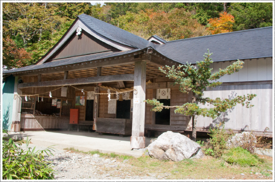 劔神社(見ノ越)